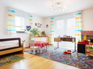 immocontec-Referenz: Kinderzimmer eines Zweifamilienhauses mit Doppelgarage in Poppenricht