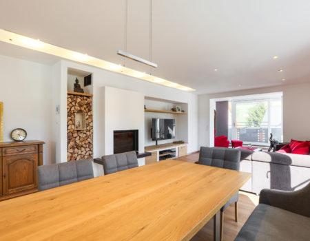 immocontec Referenz: Innenansicht_Renovierung_Wohnhaus_Pertolzhofen
